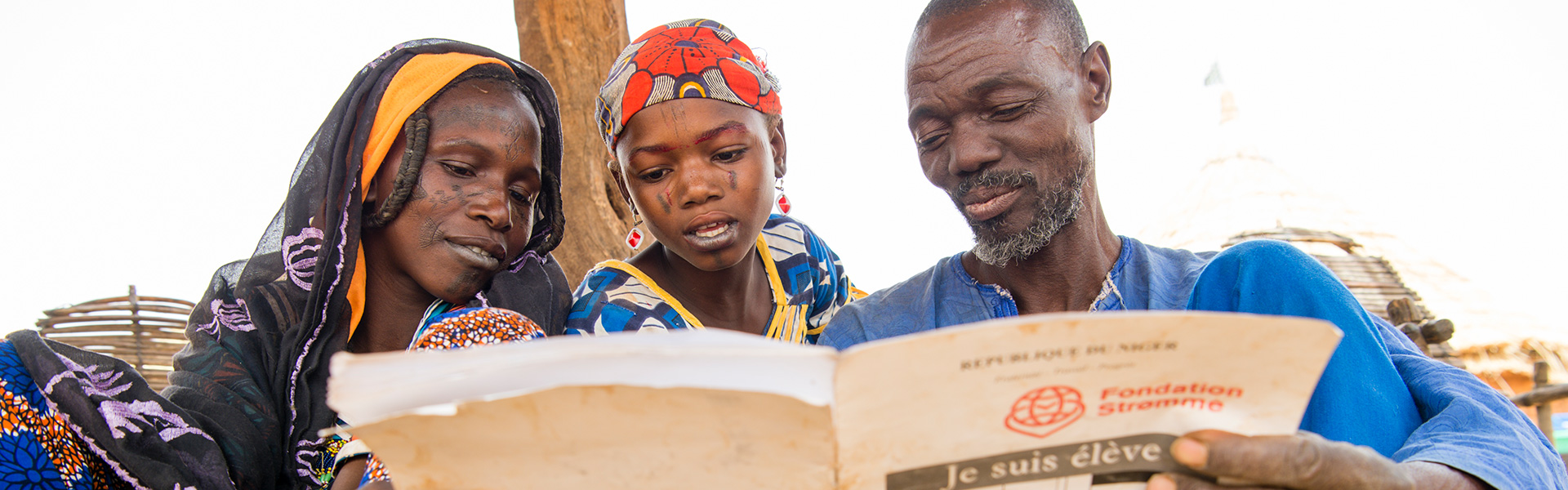 2017-niger-speed-school-guidé-family-photo-torleif-svensson